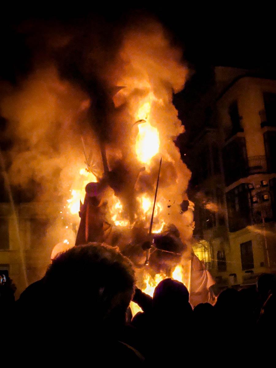 fallas_burning
